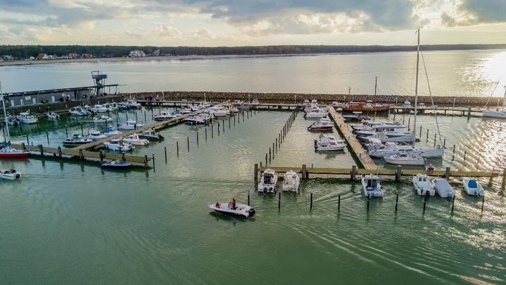 Angler fahren in Regionen, die von normalen Touristen weniger frequentiert werden...